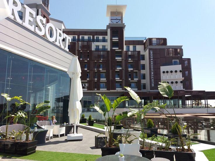 Selectum Luxuri Resort