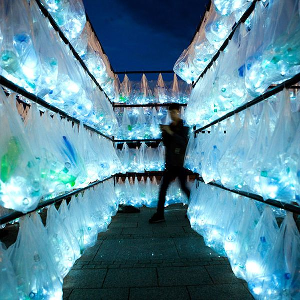 Grocery Bag Light Installations - The Labyrinth of Plastic Waste by Luzinterruptus is Eco-Friendly (GALLERY)