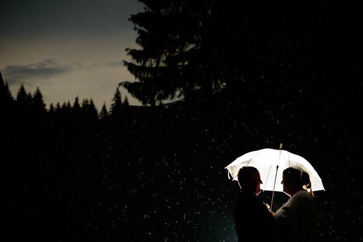 svatební foto za deště