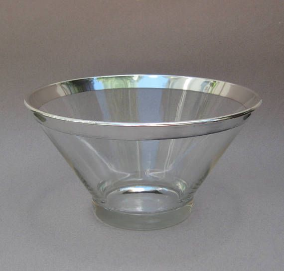 Dorothy Thorpe Silver Band Salad Bowl Large Glass Serving Bowl