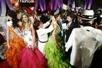 Le diadème Miss France 2007 - Miss France 2007 - Le diadème, créé par le joaillier Jean-Marc Garel, est posé à la fin de la cérémonie/spectacle, en direct sur le plateau, par la Miss France précédente. C'est un moment important pour l'élue...
