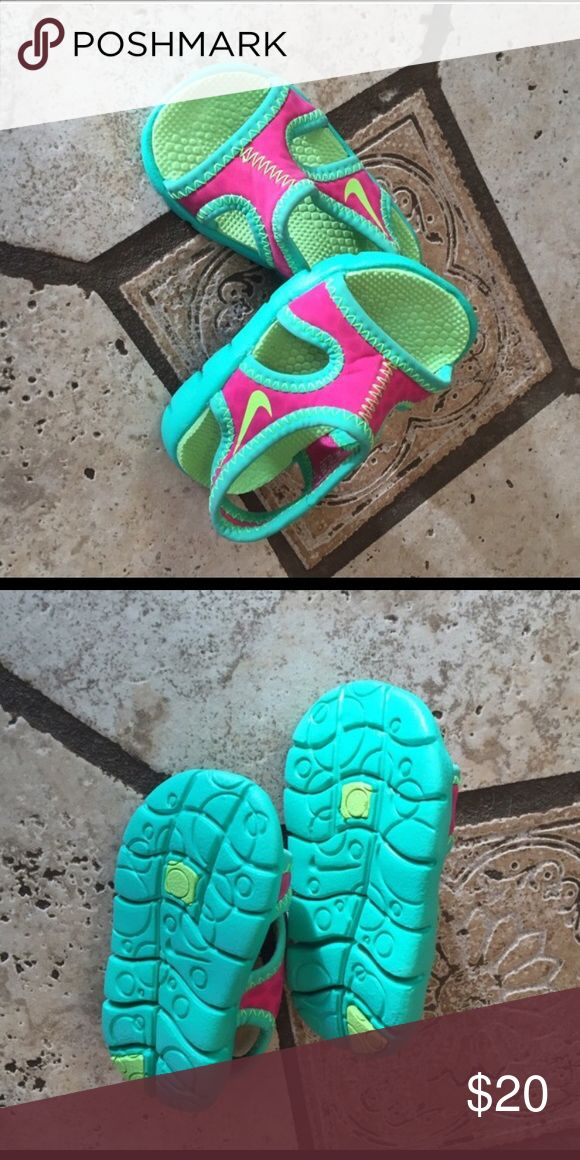 Infant Nike Water Shoes Never worn. Size 3c Nike Shoes Water Shoes