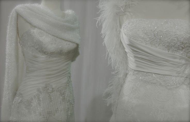 Intrecci di drappeggi e plissè realizzati a mano
