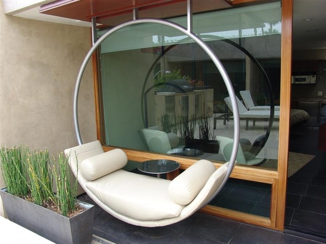 Now This A Cool Hanging Hammock
