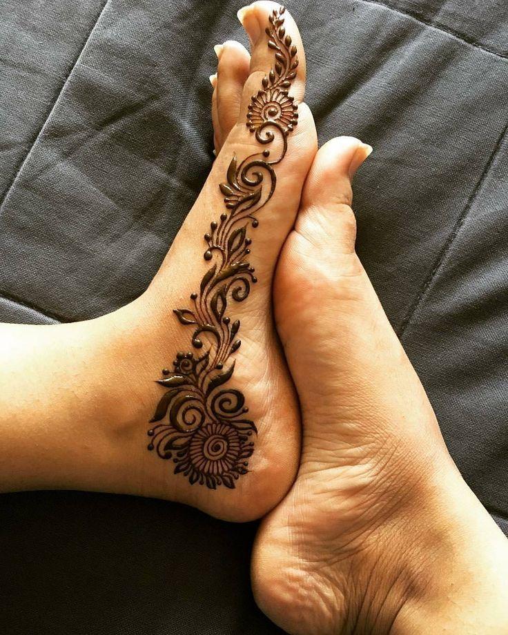 "11.8k Likes, 34 Comments - ✨ Daily Henna Inspiration ✨ (@hennainspo_) on Instagram: ""foot doodle  // by @hennabymansi . . . . . . #henna #mehndi #whitehenna #wakeupandmakeup…"""