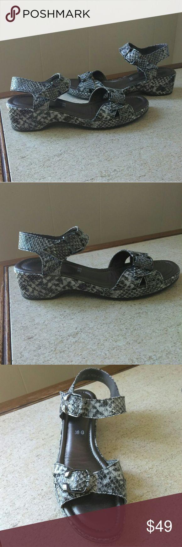 Ara sandals Excellent Condition Shoes Sandals