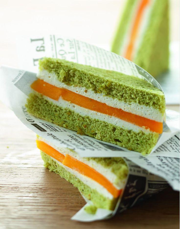 """Ma première pâtisserie façon """"snacking"""": un petit plaisir sucré qui prend des allures de club-sandwich… Un mélange…"""