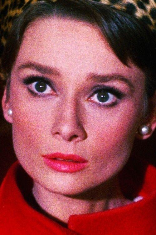 Audrey Hepburn nel film Sciarada.