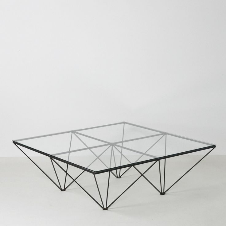 Paolo Piva Alanda table, B&B Italia 1981, at Beton Brut London.