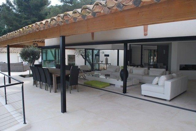 Vente Villa 7 Chambres en bord de Mer Bormes les Mimosas villa contemporaine conçu par Maurice Sauzet situé dans le domaine privé du Cap Bénat