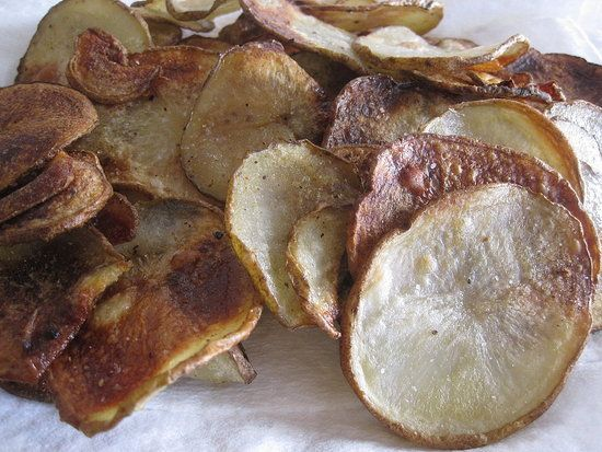 Match 14, 2013 - National Potato Chip Day - Click photo for a healthy alternative: a recipe for baked potato chips