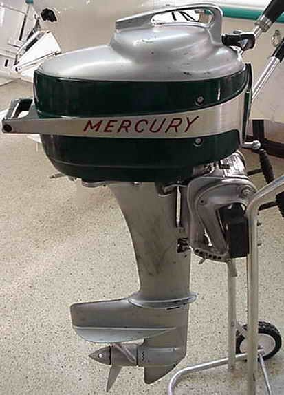 Beautiful restored outboards on display old outboard for Outboard motors for sale in delaware