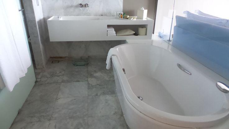 King Room Bathroom at the Hilton Pattaya in Thailand