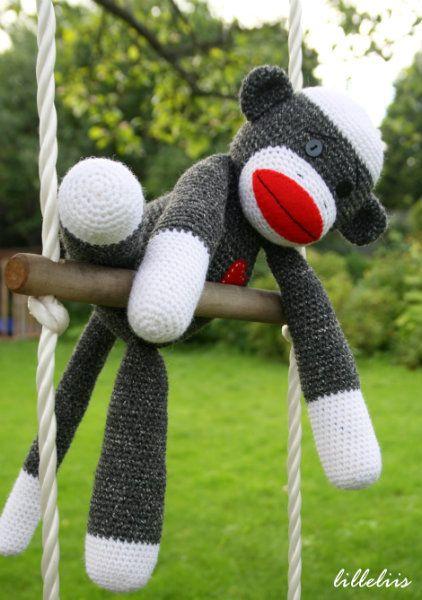 Amigurumi Sock-monkey – free pattern, crochet, #haken, gratis patroon (Engels), sokpop, aap, knuffel