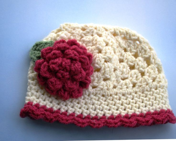 Crochet baby hat; cream baby hat; baby girl flower hat; knitted baby hat; 0-3 month baby hat; ready to ship; knit hat 0-3 month; UK seller. by SnowyIdris on Etsy