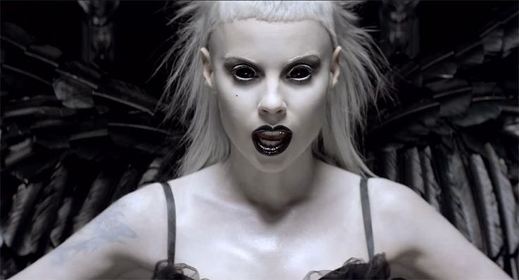 Die Antwoord Chaos Magick - 8 celebrities that practise chaos/black magick