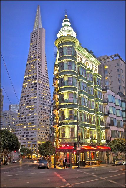 North Beach, San Francisco, California by slackleyThis is  a beautifully lit Victorian  building.