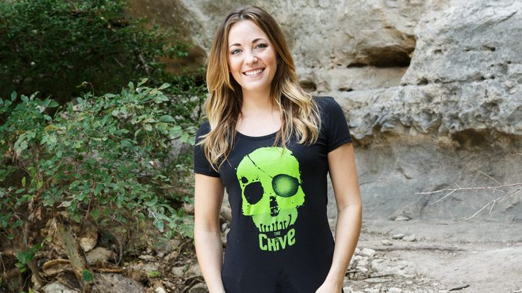 """CHIVERS NEVER SAY DIE"" The Chivery - Official Chive Store with Funny Tees and Cool Gift Ideas"
