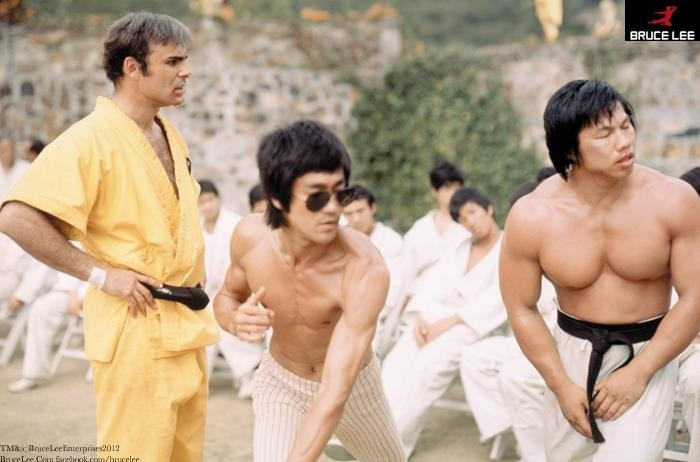 Bruce Lee, Bolo Yeung and John Saxon on the sets of Enter The Dragon movie - find more on www.budomate.com