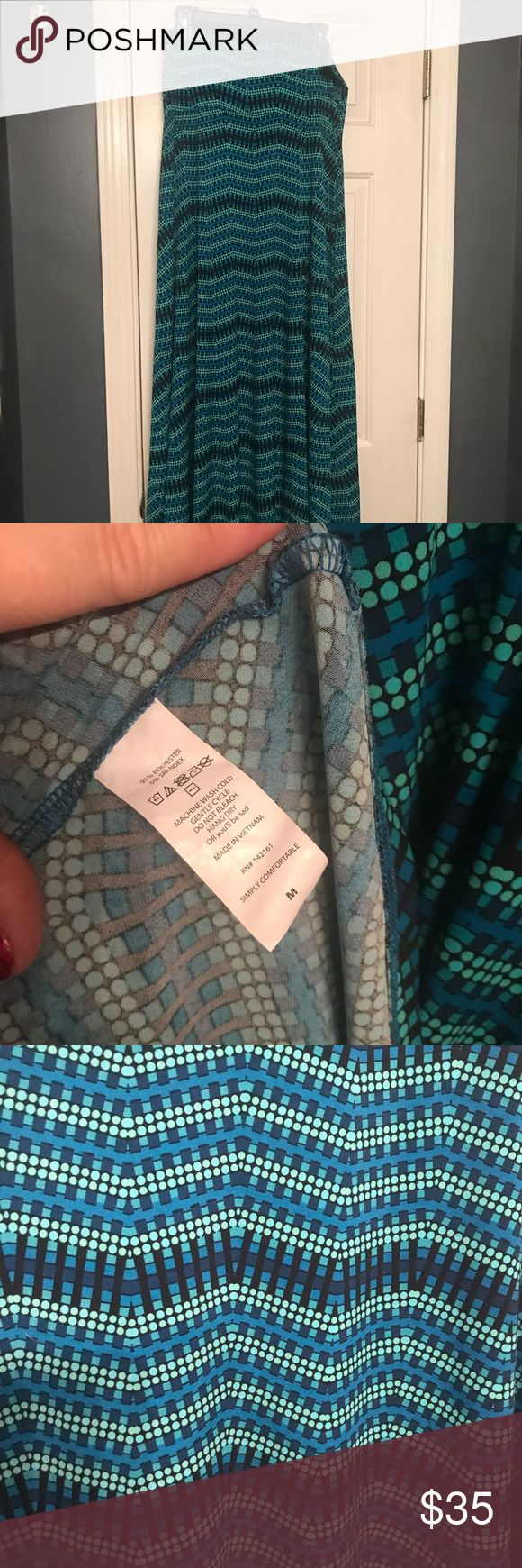 NWOT Women's Lularoe Maxi Skirt 🏖 🏖NWOT Women's Lularoe Maxi Skirt 🏖 🏝95% Polyester | 🏝 5% Spandex Just in time for spring & beach weather! Aquas, blues & greens in a beautiful pattern 🏝Can also be worn as a halter dress or oversized scarf!  Please refer to LLR's size chart M (10-12) This is stretchy & you can size down @least one! 📦 All packages are wrapped and shipped with 💕 LuLaRoe Skirts Maxi