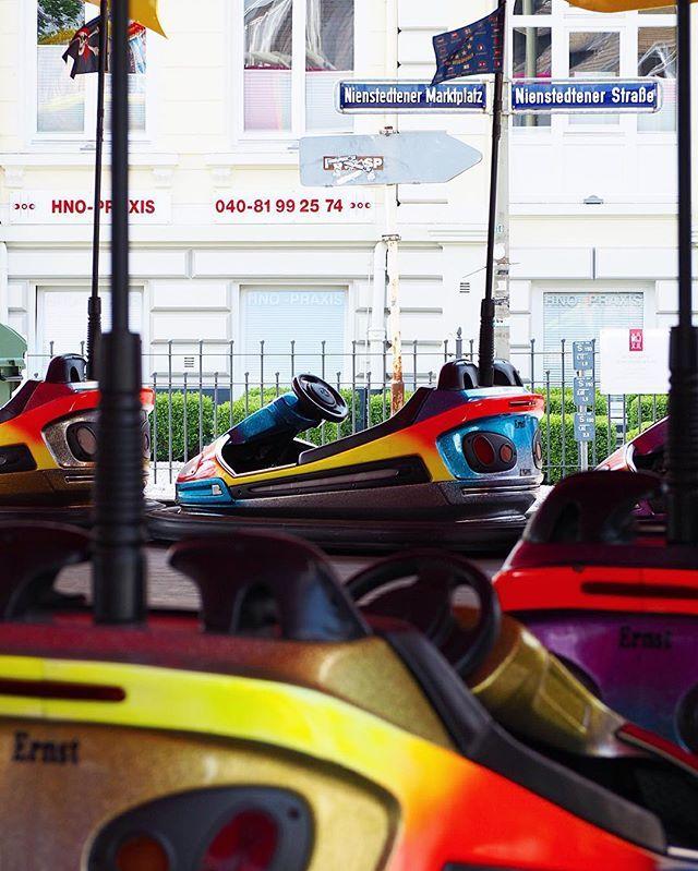 Autoscooter  Alle Jahre wieder - Nienstedtener Jahrmarkt  #040 #autoscooter #Hamburg #hh #igershamburg #igershh #jahrmarkt #nienstedten #nienstedtenerjahrmarkt #places #scooter