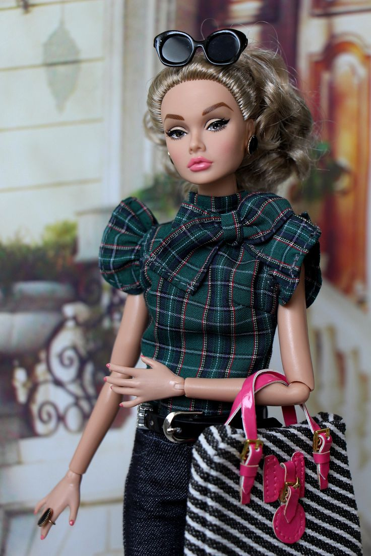 the youngest doll an analysis A young girl seems perfect  barbie doll analysis marge piercy critical analysis of poem, review school overview analysis of the poem literary terms.