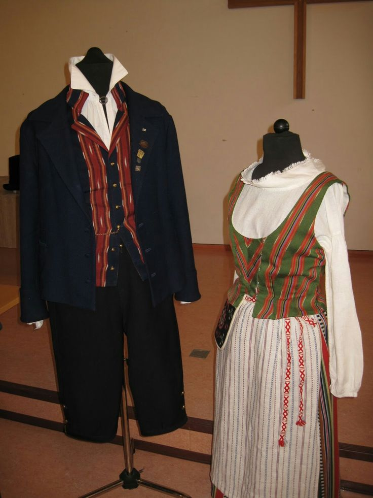 National costumes from Ikaalinen