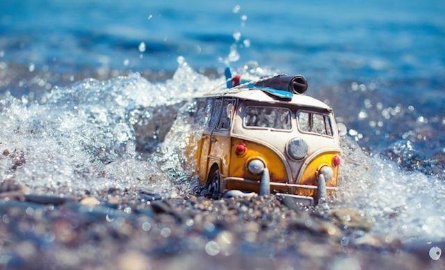 Traveling Cars Adventures - by Kim Leuenberger #foto #fotografia #fotografo #carro #brinquedo #aventura #viagem #kombi #vw #volkswagen #photo #photography #photographer #car #toy #wagon #adventure #trip #kim #leuenberger
