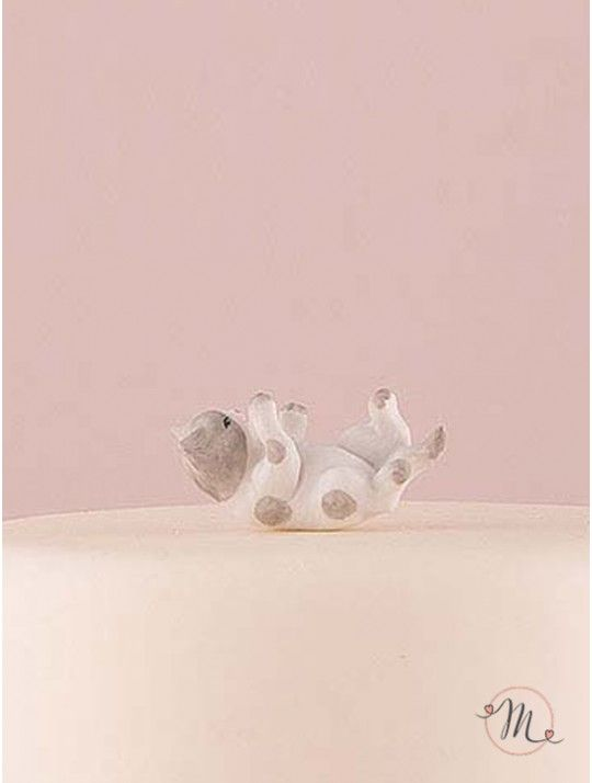 Cake topper - Gattino grigio e bianco In porcellana dipinta a mano, questo cake topper appartiene all'esclusiva collezione Weddingstar.  Misure: 5.1 x 2.2 cm x 2.5 cm. #caketopper #cake #topper #wedding #matrimonio #weddingideas #ideasforwedding #figurastartanuptcial #hochzeitcaketopper #weddingday