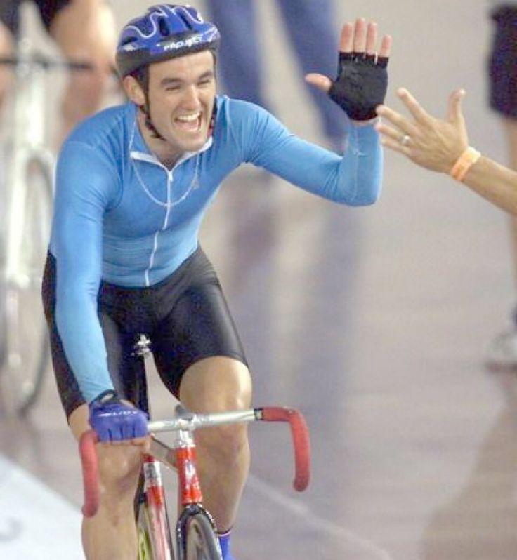 Milton Wynants Medalla de Plata  en los Juegos Olímpicos de Sídney 2000 durante la prueba de ciclismo en pista, en la carrera por puntos