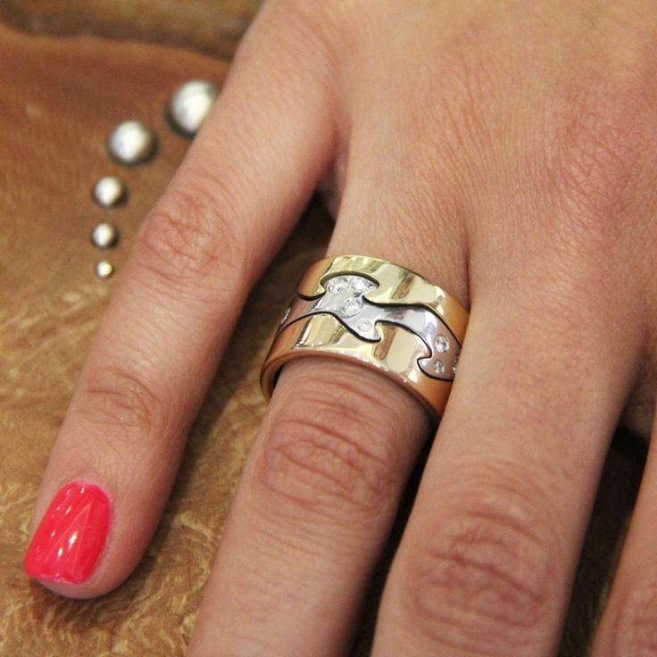 Stack of three Georg Jensen Fusion rings in white and yellow gold, one with a subtle sprinkling of diamonds. http://www.thejewelleryeditor.com/jewellery/article/georg-jensen-fusion-ring-competition/ #jewelry