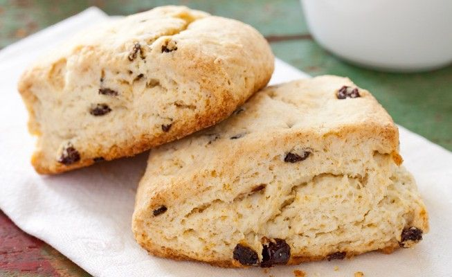 ... secret for perfectly buttery and flakey Cream Scones with Currants