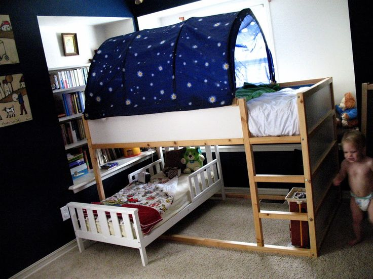 moms are for everyone!: Lofty Goals. Toddler bed under kura bed