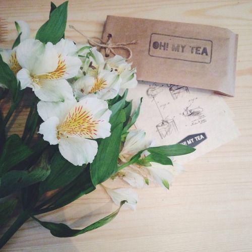 Какое-то цветочное настроение у нас последнее время💐🌸🌺 По такому поводу делаем и цветочный чай. Спрашивайте чай с розой, васильками, лавандой, османтусом и хризантемой😽 #tea #teashop #teatime #teatogo #teaforyou #spb #saintp #peterburg...