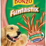 Purina Bonzo Funtastix  Purina Bonzo Funtastix heerlijk voor honden  Omschrijving product  Purina Bonzo Funtastix heerlijke gedraaide snacks met bacon- en kaassmaak. Verder ze bevatten voedzame ingrediënten en een heerlijke vulling met kaassmaak waardoor ze gezond én lekker zijn! Ze kunnen op elk moment van de dag worden gegeven als verwennerij of beloning. De snacks kunnen in z'n geheel worden gegeven of in gebroken hapklare stukjes.     - Met omega 3 en 6 die bijdragen aan het behoud van…