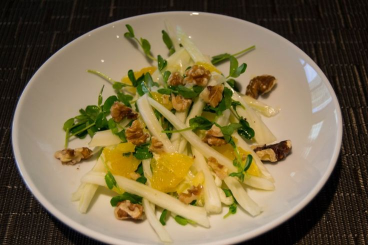 Fennel, Orange And Walnut Salad (Fenyklový salát s pomeranči a ořechy)