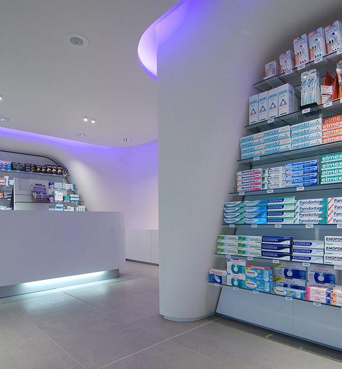 Fashion Capsule Retail Interior Design For Medical Store 024