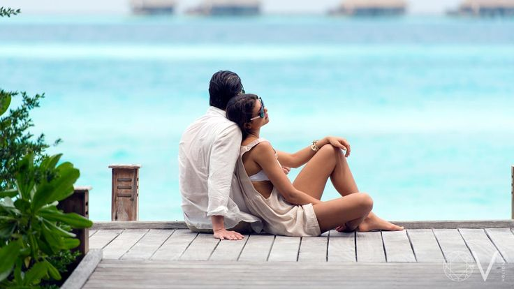 Barefoot luxury meets unpretentious style. An idyllic white-sand beach surrounded by unspoilt vibrant coral reef. The inherent glitz and glamour of a Conrad is further enhanced by shimmering sands and turquoise lagoons but what truly sets the hotel apart is its most famous attraction: the world's first underwater restaurant. https://www.viluxur.com/maldives-resorts-hotels/conrad-rangali