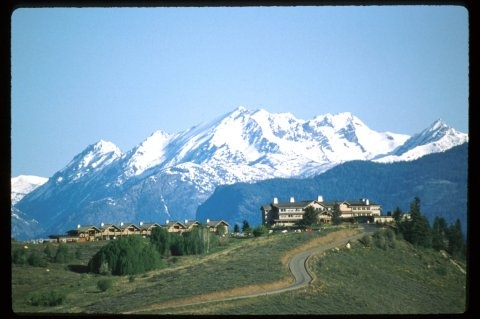 Sun Mountain Lodge - what a great place to stay during your visit to the Methow River!