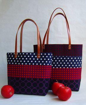 Bolsos tipo Tote en patchwork, rojo y azul.