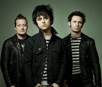 GREEN DAY Tre's face freaks me out a little... http://musically.com/wp-content/uploads/2012/09/green-day.png