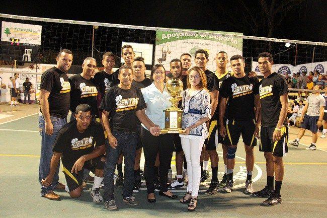 Centro se corona en Torneo de Voleibol Masculino 2016 de San José de las Matas