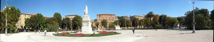 https://flic.kr/p/Ziixbb   Ancona, Marche, Italy- Piazza Cavour -stitch by Gianni Del Bufalo CC BY-NC-SA   IMG_0830_stitch