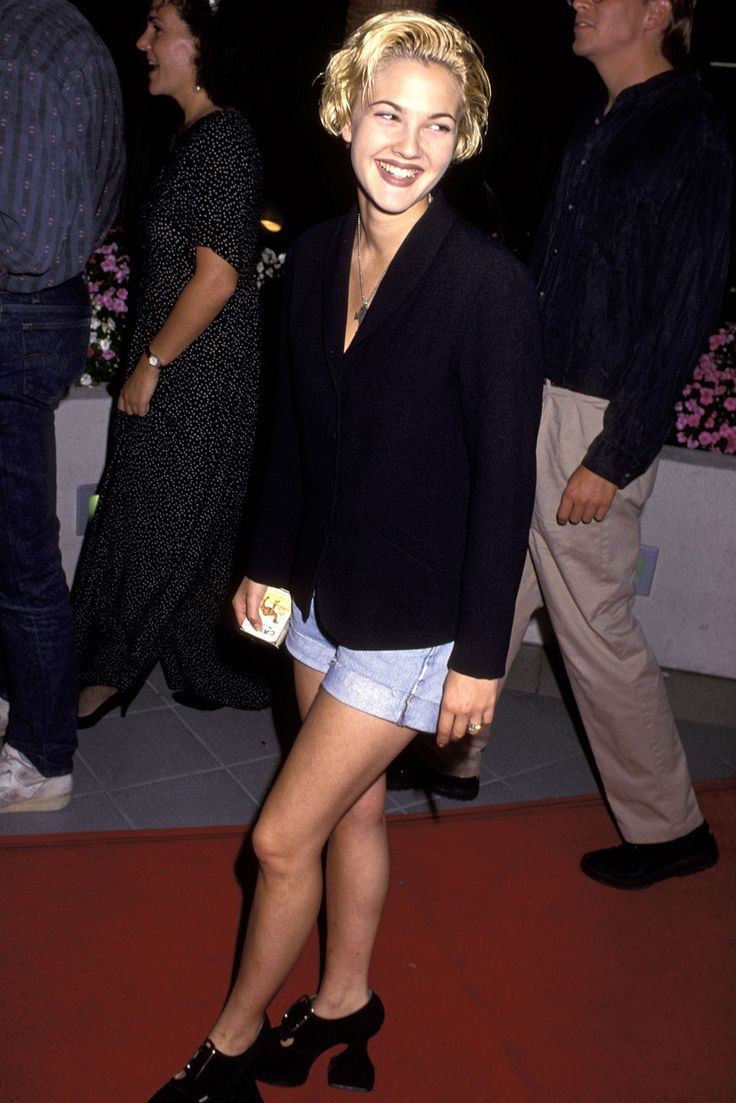 Can We Take A Moment To Admire Drew Barrymore's '90s Style? #refinery29 http://www.refinery29.com/drew-barrymore-lookbook-throwback-90s-fashion#slide-11 The blazer and denim shorts are gloriously simple. Then, your eyes meet the shoes. Chloë Sevigny, who? ...