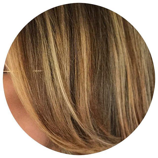 Sun kissed ☀️ Color by Lisa  #sunkissedhair #balaygehighlights #balayage #beachyhair #springhair #hiphair #hiphairsalon #hiphairpb #hiphairsandiego #hiphairpacificbeach #sandiegohairstylist #pacificbeachhairsalon #pacificbeachsalon #sandiegosalon #hair #haircut #haircolor #sandiegohair #pacificbeachhair #pacificbeachhairstylist  #beachhair #pb #sd #sandiego #pacificbeach #modernsalon #behindthechair #americansalon #pacificbeachlocals #sandiegoconnection #sdlocals #sandiegolocals - posted by…