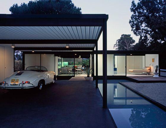 Pierre Koenig - Bailey house (case study house 21), Los Angeles 1958. Shot by Julius Shulman. Via.