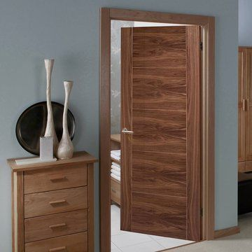 Vancouver Walnut 5P Flush Door with Lacquer Varnish Finish