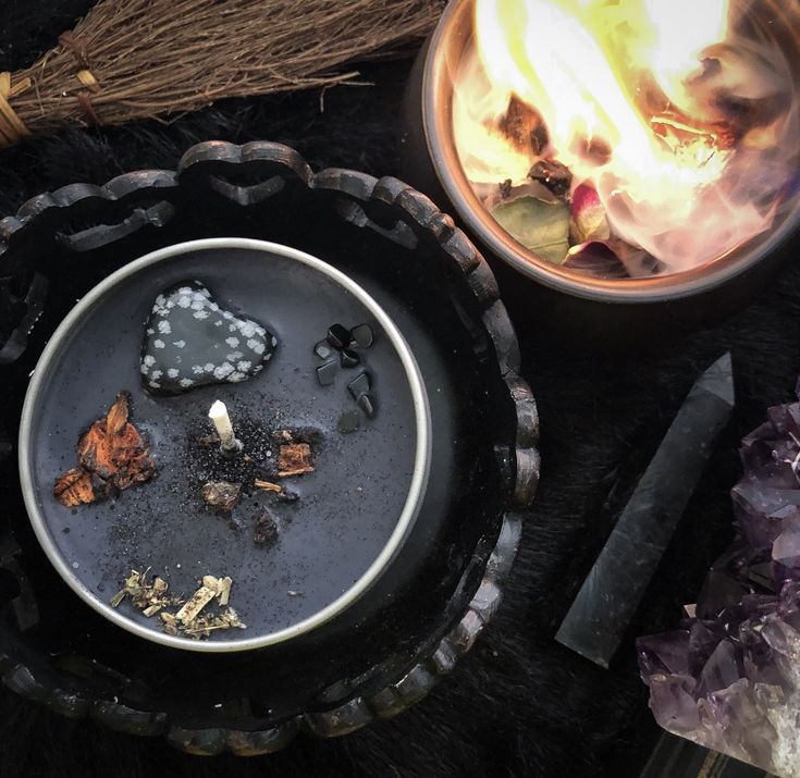 ASTRAL CANDLES – BLACK MAGICK CRYSTAL CANDLE