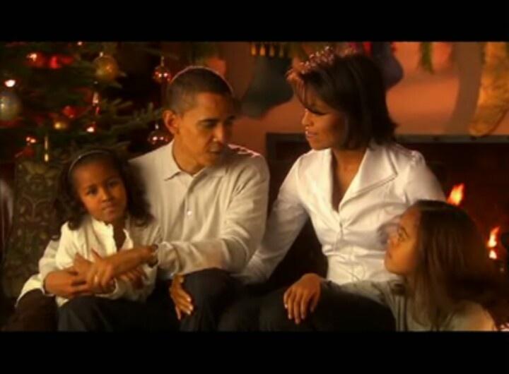 President Barack Obama With 1st Lady Michelle Obama & Malia And Sasha Obama...  CHRISTmas Early Years....