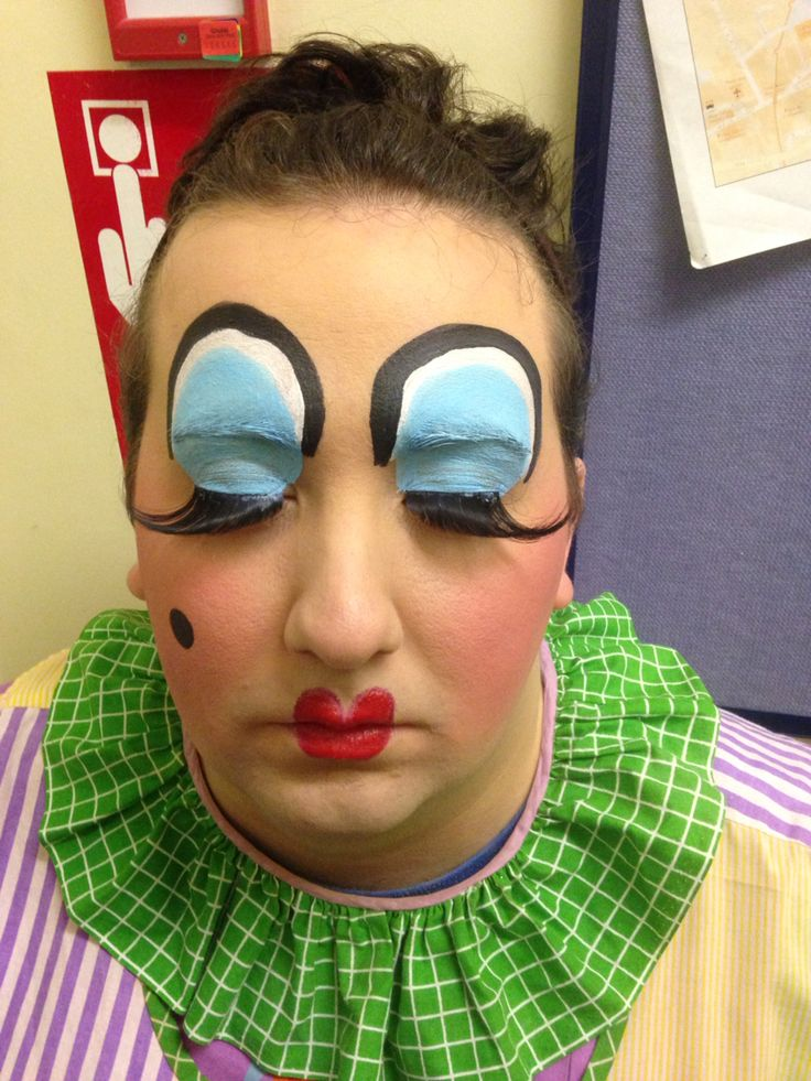 Pantomime Dame make up